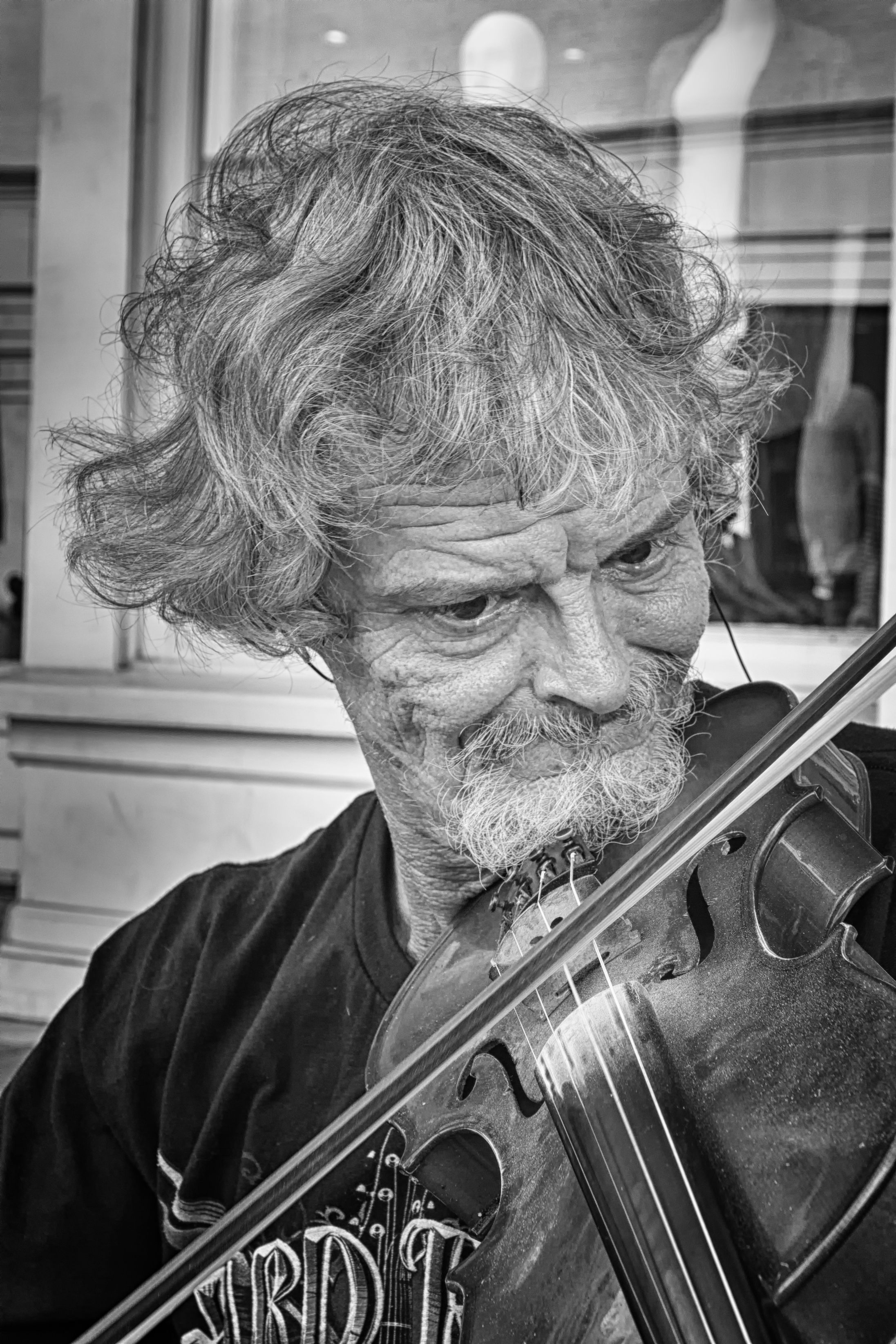 Artist-Phil-Duwel-The-Fiddler-8-photography